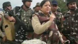 Ramban Encounter: 'Osama, Come Out as 15 Minutes...', Woman SSP Asks Top Hizbul Commander to Surrender | Watch Video