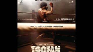 Toofan First Look: Farhan Akhtar as Boxer Flaunts Chiseled Body, Washboard Abs And Biceps