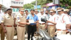 Motor Vehicle Amendment Act: Hyderabad Cops Gift Helmets to Motorists For Violating Traffic Rules