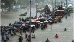 मुंबई: मूसलाधार बारिश से थमी जिंदगी, कई इलाकों में बाढ़, सड़कों पर भरे पानी में डूबे वाहन