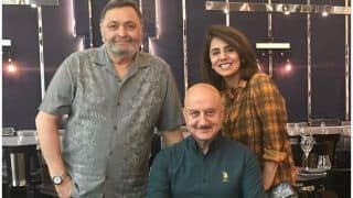 Anupam Kher's Paparazzi Stint After Spotting Neetu Kapoor-Rishi Kapoor in New York is Funniest Thing on Internet Today