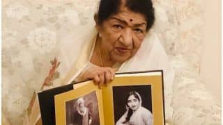 Lata Mangeshkar Makes Instagram Debut on 90th Birthday, Shares Picture of Biography Launch
