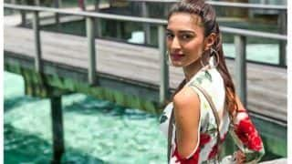 Erica Fernandes' Filmy Moment by The Beachside Will Give You Serious Weekend Vibes And THIS Picture is Proof!