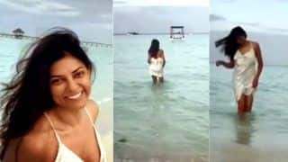 Sushmita Sen Looks Hot in Her Cool Post About Happy Mornings, Beach-Walks And Goodness of Nature - Viral Video