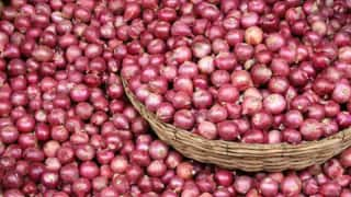 Kejriwal Govt Orders More Supply of Subsidised Onions in Delhi To Fight Shortage After Navratri
