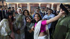 Pics: पीएम मोदी के घर सितारों से सजी महफिल, बॉलीवुड ने खूबसूरत पल को ऐसे किया कैद, देखिए सभी तस्वीरें