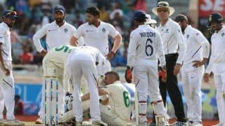 Dean Elgar Ruled Out of Ranchi Test After Being Struck on the Head by Umesh Yadav Bouncer