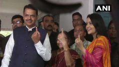 मां-पत्नी संग पहुंचे वोट डालने पहुंचे CM फडणवीस, बोले- सरकार से अपेक्षाएं लाजिमी हैं