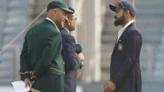 रांची टेस्ट: टॉस जीतकर पहले बल्लेबाजी करेगी टीम इंडिया, शाहबाज नदीम को डेब्यू का मौका