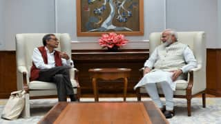 'Had Healthy, Extensive Interaction': PM Modi Meets Economics Nobel Prize Winner Abhijit Banerjee