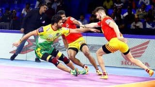 Pro Kabaddi League: UP Yoddha Enter Playoffs, Pradeep Stars in Patna Pirates' Thrilling Win