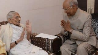 President Ram Nath Kovind, Wife Meet PM Modi's Mother in Gujarat
