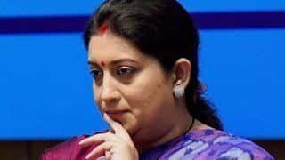 'Some Male MPs Came Towards me Rolling up Their Sleeves', Smriti Irani Accuses Congress Leaders of Threatening Her in LS; BJP Seeks Apology