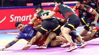 Pro Kabaddi League 2019: U.P. Yoddha Wrap up Home Leg With Convincing 45-33 Win Over Bengaluru Bulls
