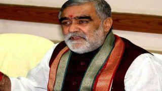 केंद्रीय स्वास्थ्य राज्य मंत्री Ashwini Kumar Choubey हुए कोरोना पॉजिटिव, खुद ट्वीट कर दी जानकारी...