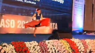 Heart-Touching Video: Teenager Who Lost Her One Leg Dances to 'Mere Dholna' Song