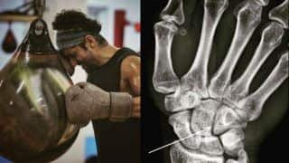 Farhan Akhtar Gets Hairline Fracture While Preparing For Toofan, Calls it His 'First Legit Boxing Injury'