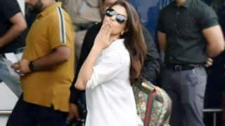 Jacqueline Fernandez Greets Paparazzi With a Flying Kiss- Check Pictures