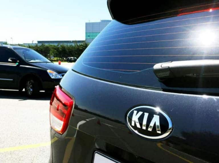KIA Motors to Launch Carnival MPV in January, Production in Anantpur Plant