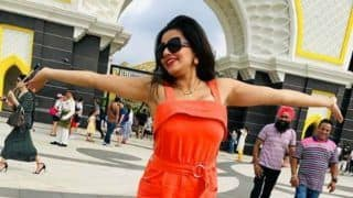 Monalisa is Having a Major 'Take Me Back' Moment as She Shares hot picture in Orange Romper