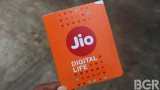 Reliance Jio introduces 30 mins of free talktime to compensate customers