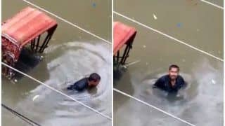 Bihar Flood: जब फूट-फूट कर रोया रिक्शा चालक, बॉलीवुड एक्टर्स भी शेयर कर रहे ये ह्रदयविदारक वीडियो