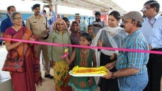 This 10-Year-Old Labourer's Daughter Inaugurated the Bengaluru Railway Escalator Instead of a VIP