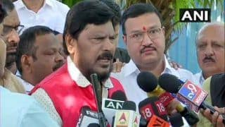 Maharashtra Power Tussle: 'Fadnavis Should be Chief Minister as Aaditya Thackeray Doesn't have Experience,' Says Ramdas Athawale