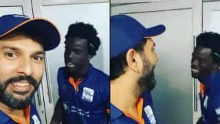 Yuvraj Singh in Splits After T10 League Teammate Chadwick Walton Speaks Punjabi