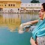Ahead of Gurpurab, Janhvi Kapoor Visits Golden Temple to Seek Blessings