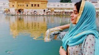 Ahead of Gurpurab, Janhvi Kapoor Visits Golden Temple to Seek Blessings