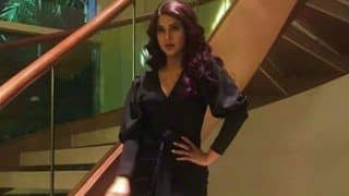 Jennifer Winget Looks Stunning in Black Dress And Burgandy Hair at Beyhadh 2 Launch Event