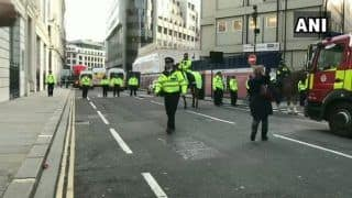 लंदन: चाकूबाजी की घटना में कई घायल, पुलिस ने 'आतंकी' हमलावर को मार गिराया