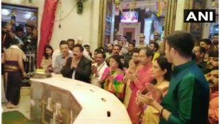 उद्धव ठाकरे बने महाराष्ट्र के सीएम, परिवार संग सिद्धिविनायक मंदिर पहुंचकर की पूजा-अर्चना