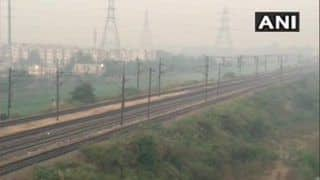 AQI in NCR's Noida, Ghaziabad And Gurugram Stays 'Very Poor' as Pollution Crisis Continues