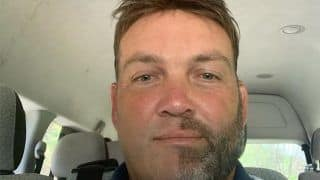 Jacques Kallis Shaves Off Half His Beard to Raise Awareness Regarding Rhinos