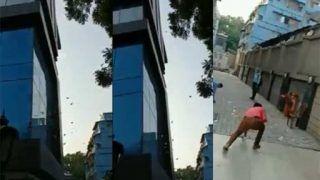 कोलकाता की गलियों में ऐसे हुई नोटों की बरसात, देखें VIDEO