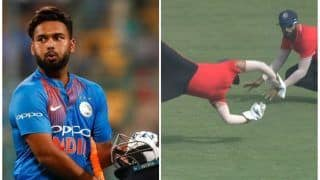 Deodhar Trophy: Dinesh Karthik Takes a One-Handed Stunner; Fans Rally for Karthik to Replace Rishabh Pant in Indian Team