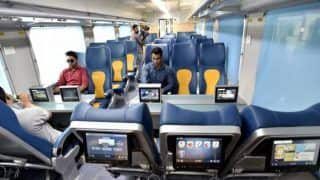 Tejas Express: अगर इन वजहों से लेट हुई ट्रेन तो मुसाफिरों को नहीं मिलेगा रिफंड