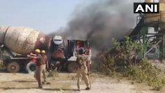 लाठीचार्ज से नाराज किसानों ने लगायी यूपीसीडा के गोदाम में आग, विपक्षी दलों ने सरकार को घेरा