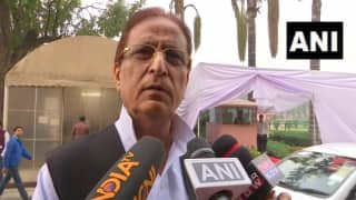'Stop Eating Onion, Garlic, Meat, Everything Will be Saved,' Says Azam Khan Amid Onion Price Rise