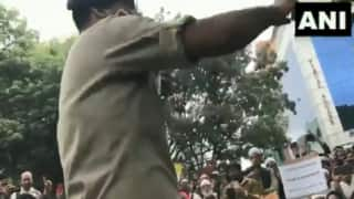 Patriotic Police: Bengaluru DCP Sings National Anthem to Calm Down CAA Protesters | Watch