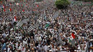पाकिस्तान को महंगा पड़ा आजादी मार्च, खर्च करने पड़े 15 लाख डॉलर