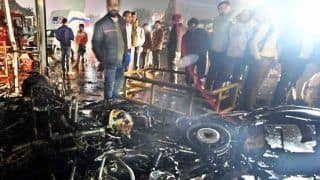 CAA विरोध: उपद्रवियों ने पटना में पुलिस चौकी, चार वाहनों में आग लगायी, दर्जन से अधिक पुलिसकर्मी घायल
