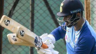 रिषभ पंत का घटता जा रहा है टीम इंडिया में महत्व, बात को अनसुना कर रहे साथी खिलाड़ी