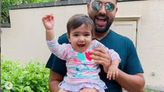 'My Little Cookie Monster' Rohit Sharma Posts Cute Pictures on Instagram to Wish Daughter Samaira on Her 1st Birthday