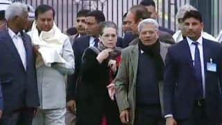 Opposition Delegation Meets President Kovind, Sonia Gandhi Expresses Anguish at Police Crackdown on Jamia Students