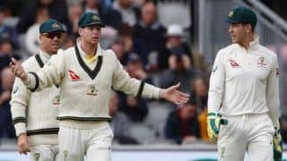 Former Australia Captain Ian Chappell Slams Steve Smith For His On-Field Actions During Day-Night Test Versus Pakistan, Says Hate to See Smith 'White-Anting' Skipper Tim Paine
