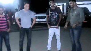 VIRAL VIDEO: पपराजी के साथ सलमान खान ने किया  'दबंग 3' के सॉन्ग 'मुन्ना बदनाम हुआ' पर जबरदस्त डांस