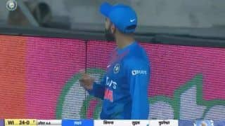 IND vs WI: Virat Kohli Expresses Displeasure Towards Crowd After MS Dhoni Chants Grew Louder as Rishabh Pant Drops Easy Catch During 2nd T20I vs West Indies | WATCH VIDEO